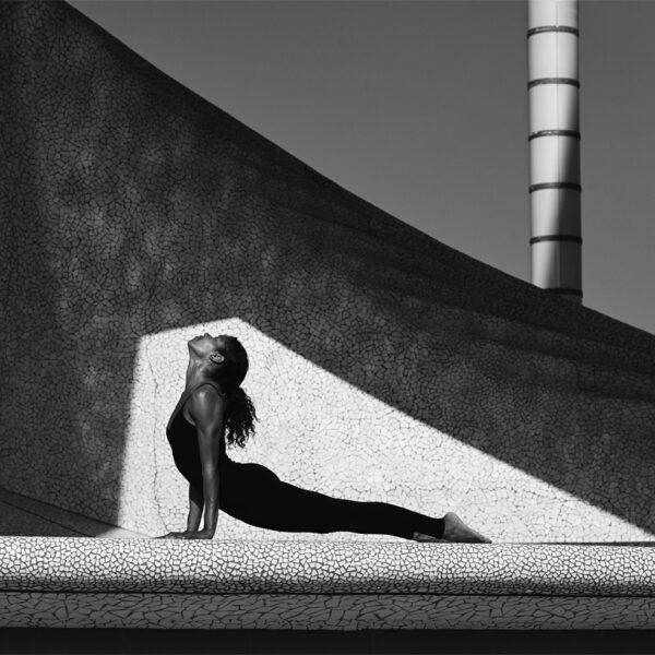 Nina Yoga2